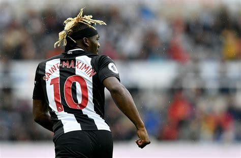 Steve Bruce reveals why he benched Allan Saint-Maximin