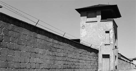 Berlin: Sachsenhausen Concentration Camp Day Tour