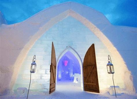 1-Day Tour to Quebec Winter Carnival and Ice Hotel Tour