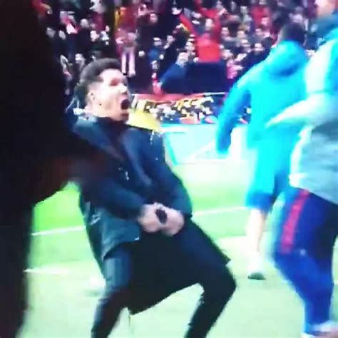 Diego Simeone offers hilarious explanation for crotch